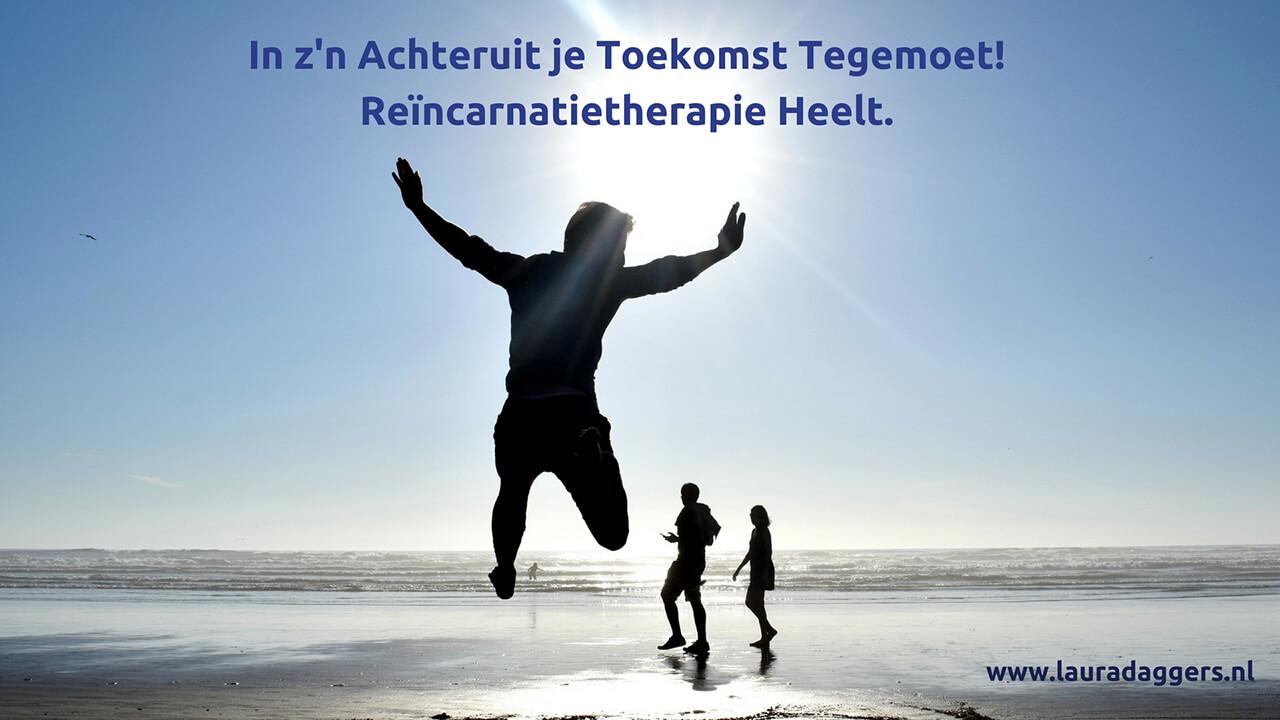 Inzijnachteruitjetoekomsttegemoet https://www.lauradaggers.nl